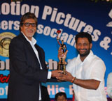 Resul Pukootty is ecstatic as he displays his Oscar and Bafta awards after recieving an award from Amitabh Bachchan for his contribution to sound industry.