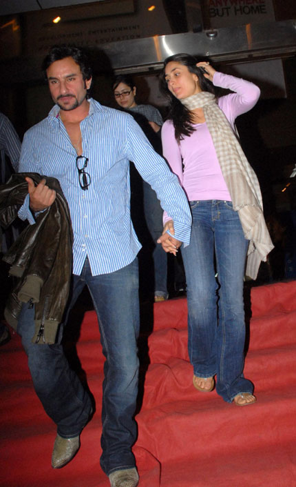Bollywood's most happening couple Saif Ali Khan & Kareena Kapoor at premiere of ?The International? at Cinemax in Mumbai.