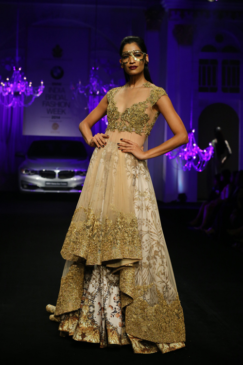 Bmw ibfw 2014 shane and falguni peacock for Haute couture requirements