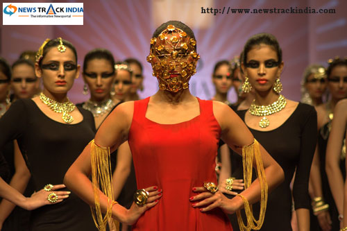 Akassh K Aggarwal Collection at India Runway Week