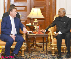 Prime Minister of Latvia calls on the President of India