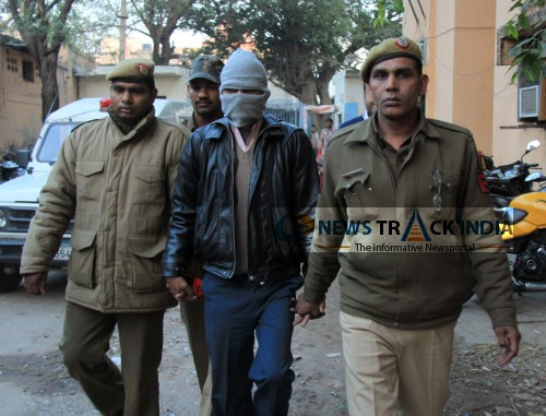 Image: Photo of 6th accused of Delhi Gang rape caught