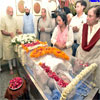 PM Modi paying his last respects to Shri Balraj Madhok